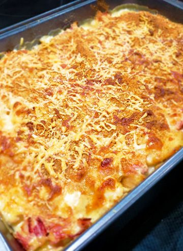 Chicken Cordon Bleu Casserole Cooked in Pan horz