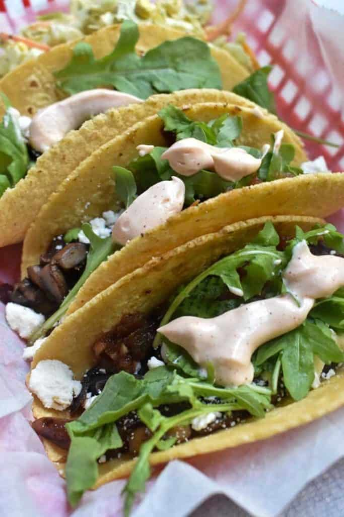veggie tacos with spicy mayo